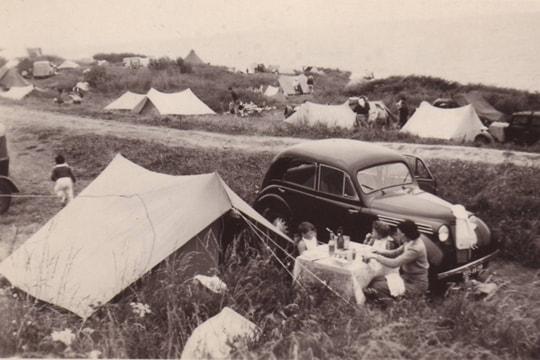 les tentes, vacances en camping, histoire des vacances