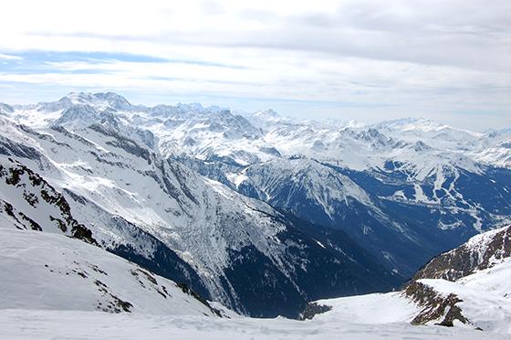 Image : Vue depuis le glacier de la Chiaupe à 3 250m d'altitude