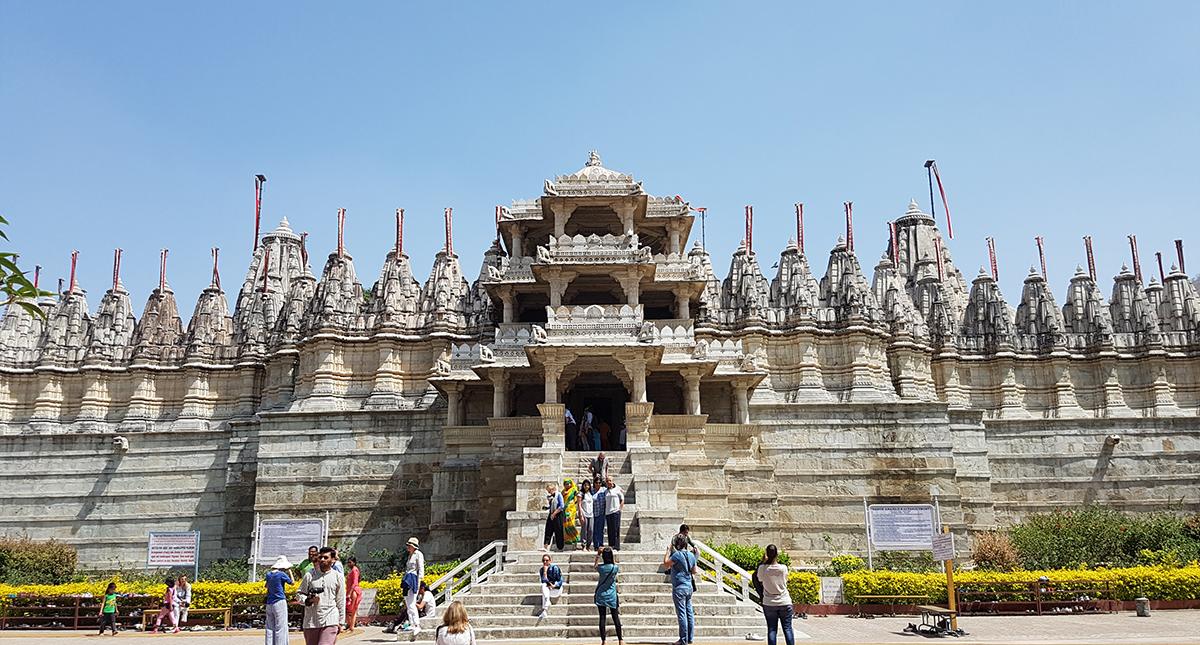 temple jain à ranakpur, rajasthan