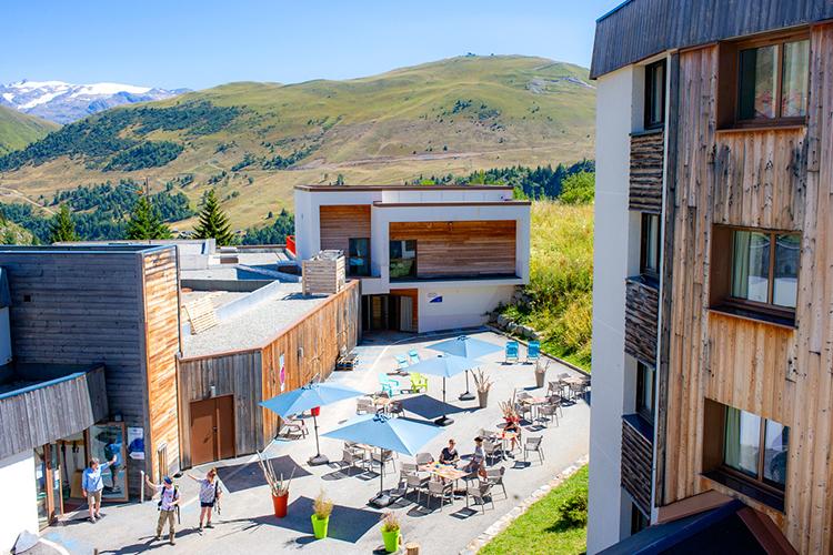 village vacances alpe d'huez vue d'en haut