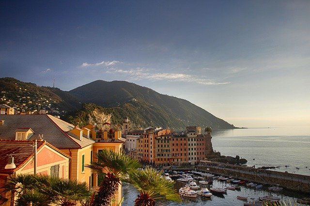Vue sur le port de Gênes, Italie Ligurie